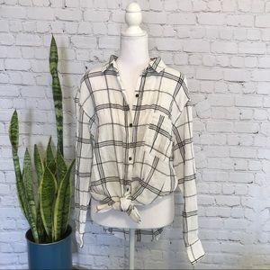 Universal Thread Plaid Cotton Flannel Button Down